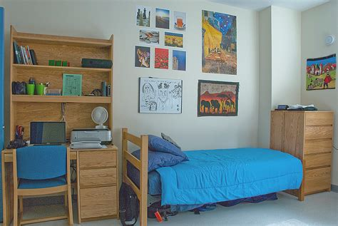 dorm room what is a resident assistant