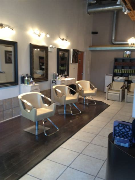 whats new cherry bomb hair lounge hair salon and salon giovanni hair salons 24110 w chicago st