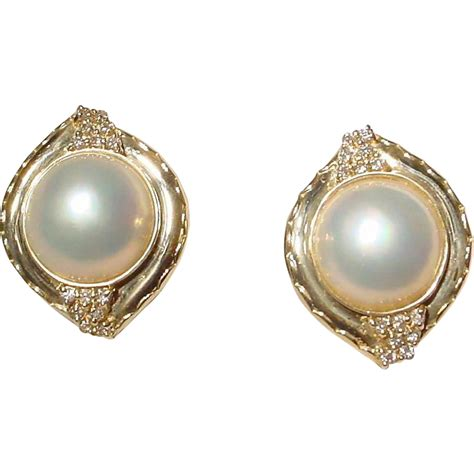 cultured mabe pearl earrings 14 kt yellow