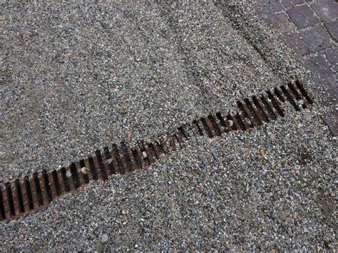pavimentazione in ghiaia hai problemi con la pavimentazione in ghiaia sciolta noi