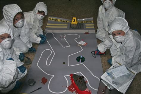 Crime Forensic 4 In 10 scenic photos crime photos ks2