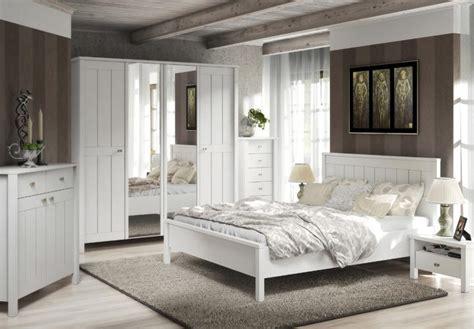 schlafzimmer landhaus weiss schlafzimmer brighton in wei 223 matt landhaus style