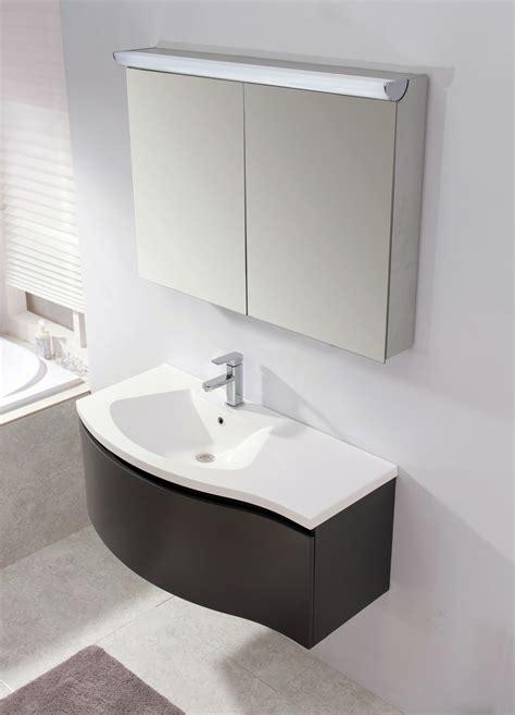 badspiegel mit steckdose badezimmerspiegel steckdose slagerijstok