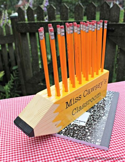 pencil holder craft ideas for 25 best ideas about pencil holders on pencil