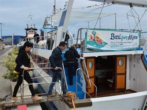 bateau mouche groupon duemila passeggeri in tre mesi il bateau mouche piace ai