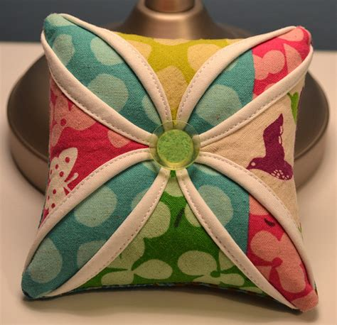 Cathedral Window Patchwork Pincushion - cathedral window pincushion tutorial is here gogokim