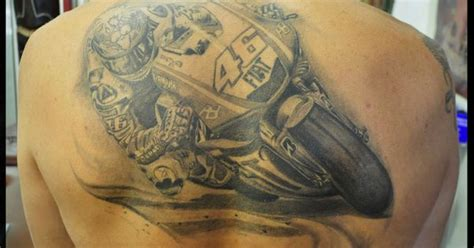 valentino rossi tattoo by fred cr 233 peaux pinterest