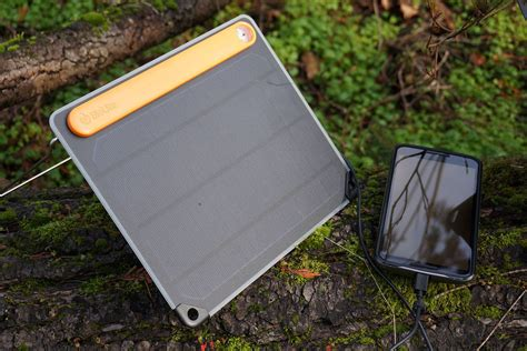 how to choose solar panel how to choose a solar panel charger for backpacking page 2 digital trends