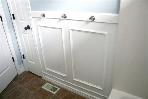 Molding Bathroom by He Taped An Picture Frame To The Bathroom Wall The