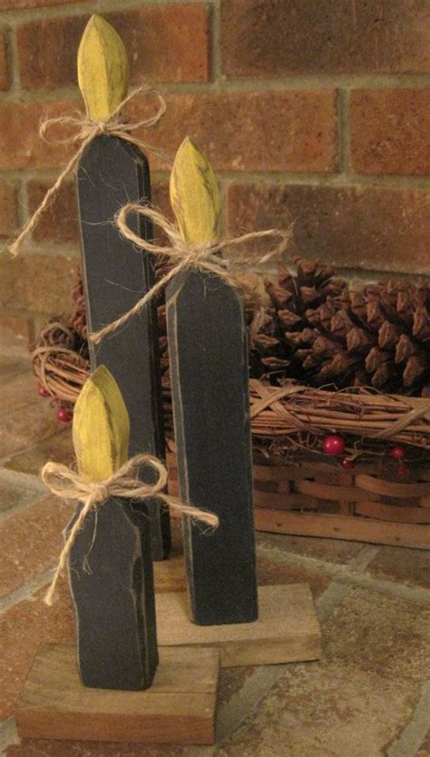 primitive christmas candles wooden rustic decoration