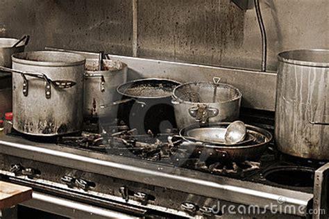 cuisine sal馥 cuisine sale photographie stock libre de droits image