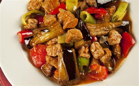 lezzetli etli yemek tarifleri sulu yemek tarifleri sebzeli sulu kofte sulu yemek tarifleri yemekleri