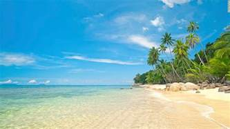 colorful beaches check out these 5 colorful beaches for your summer getaway