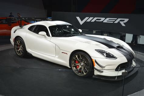 ny auto show dodge viper acr still has it