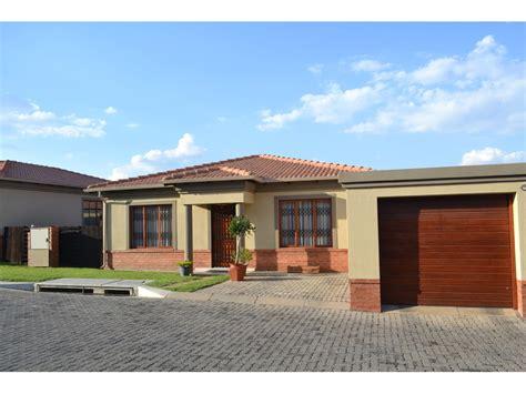 3 bedroom house to rent in johannesburg 3 bedroom house to rent in johannesburg 3 bedroom house