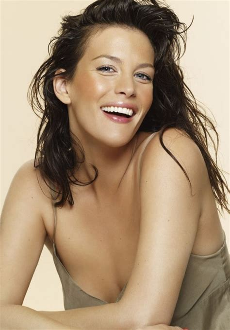 celebrity rageroo celeb movies sexy celebs pictures