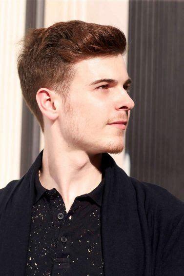 model rambut pria wajah bulat