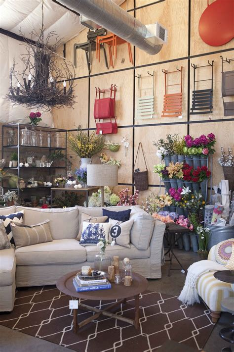 country retail store design