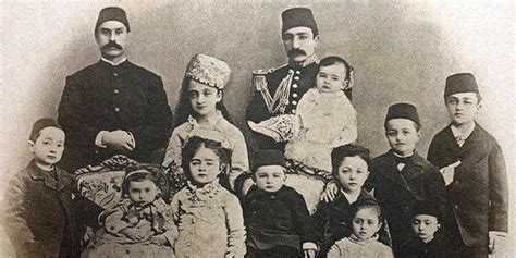 Ottoman Royal Family Exhibition Dynasty And The Portraits From The Ottoman Court Photographic History