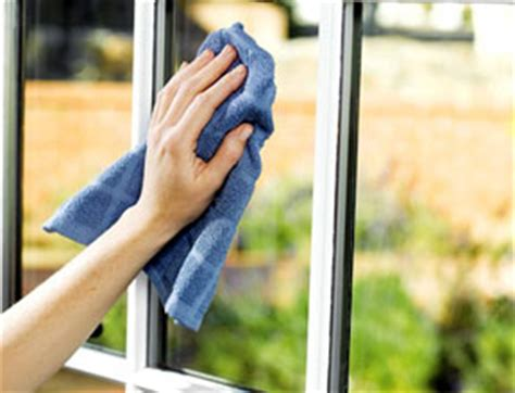washing house windows cleaning windows with vinegar without streaks