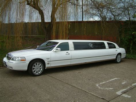 prom limo prices prom limo hire essex limousine hire in chelmsford