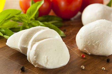 best mozzarella cheese 30 minute mozzarella recipe how to make cheese