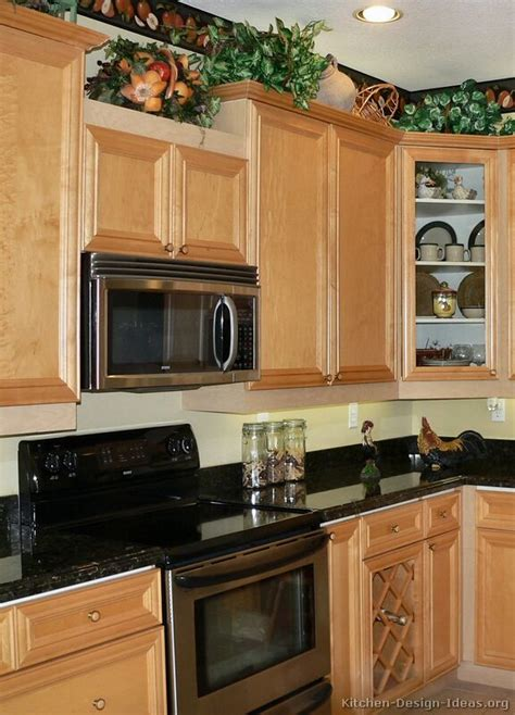 kitchen countertop options and references mykitcheninterior staining oak kitchen cabinets black color quartz