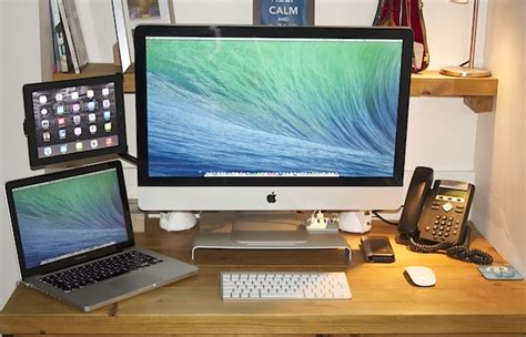 Small Desk Setup Mac Setups The Desk Of A Cloud Solutions Provider