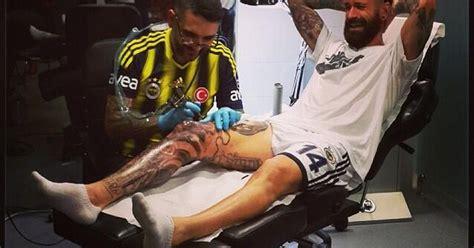 raul meireles top 20 tattooed footballers sport worst football tattoos raul meireles grins and bears it