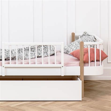 bett rausfallschutz oliver furniture rausfallschutz f 252 r betten wood