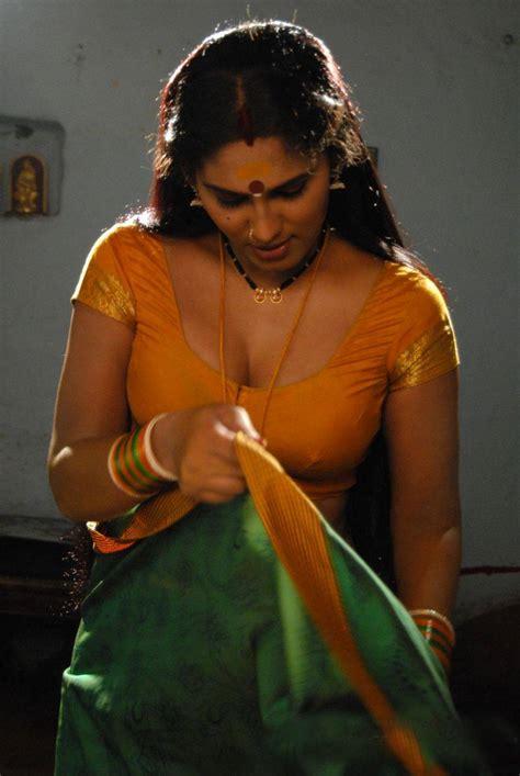 kamapichachi com actress shyamala devi hot saree photos actress saree