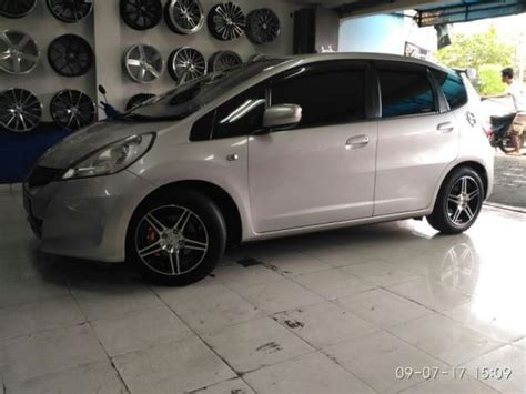 Lu Depan Mobil Jazz ukuran velg maksimal untuk mobil honda jazz toko velg racing mobil dan ban mobil