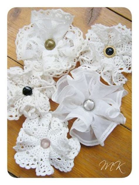 How To Make Flowers Out Of Paper Doilies - 361 best doily craft ideas images on bed