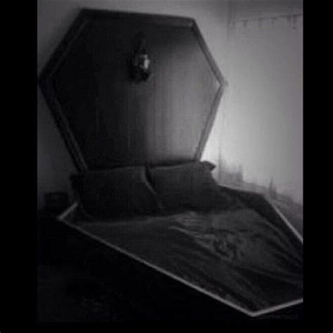 coffin beds the 150 best images about gothic room ideas on pinterest baroque gothic and velvet