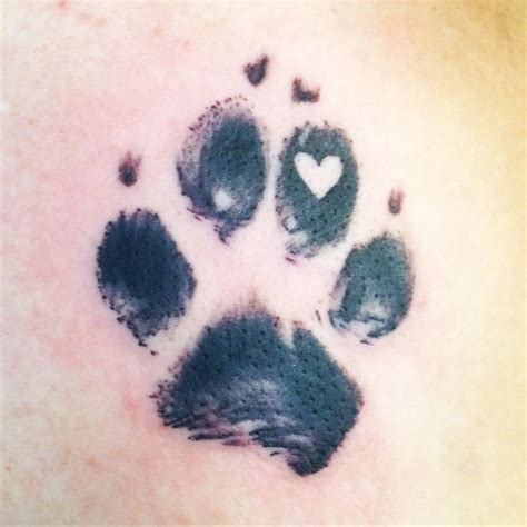 tattoo animal paws paw print tattoo with a heart tattoo pawprinttatto