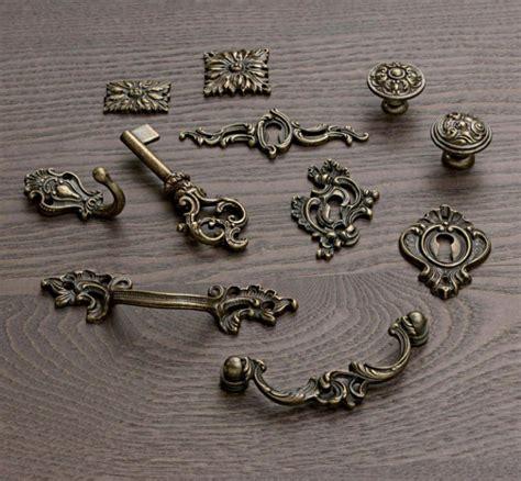ferramenta mobili antichi minuterie borchie rosette in ottone per mobili antichi