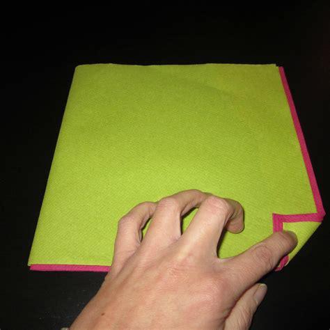 Pliage Serviettes Papier 2 Couleurs Facile by Pliage De Serviette En Papier 2 Couleurs Facile Survl