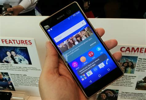 Hp Sony Xperia M5 Di Malaysia sony s two remarkable selfie centric xperia smart phones