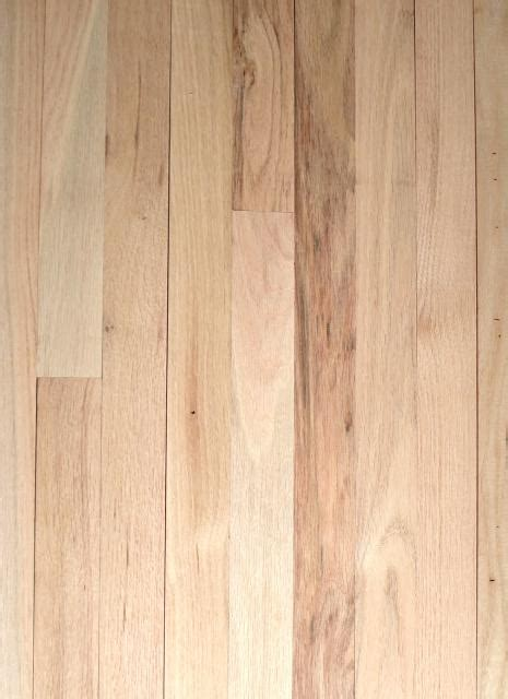 henry county hardwoods unfinished solid red oak hardwood flooring 1 common 3 4 inch thick x 2 1