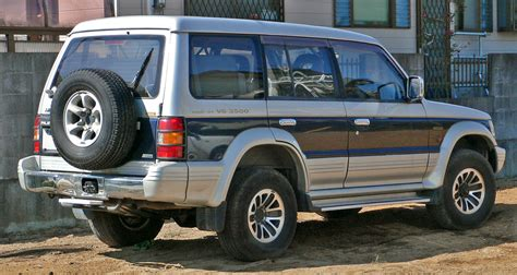 mitsubishi pajero 1997 mitsubishi pajero 1997 review amazing pictures and