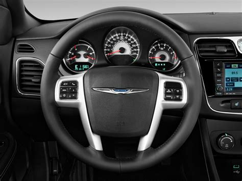 chrysler steering wheel image 2011 chrysler 200 steering wheel size 1024 x 768
