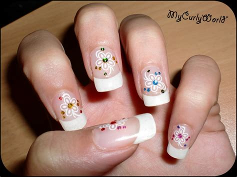 fotos uñas decoradas sencillas mani con stickers my curly world