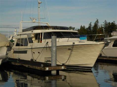 tollycraft pilothouse boats  sale