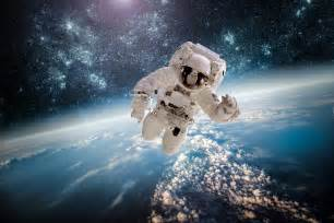 astronauta ziemia kosmos