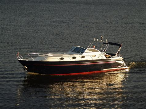 jacht verhuur sanzi yacht charter boot verhuur en alle