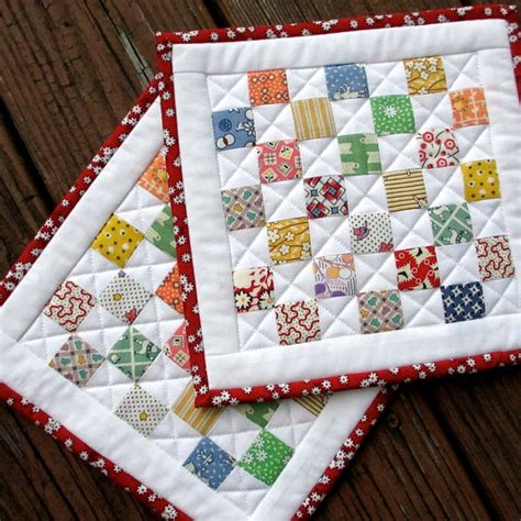 Quilted Potholders by Quilted Pot Holders Vintage Look Pads Feedsack Set Of