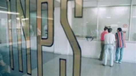 inps ufficio pensioni visite fiscali in soffitta l inps ne taglia 800mila