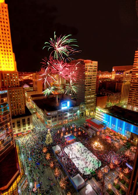 cincinnati new years downtown cincinnati dazzles for the holidays for six