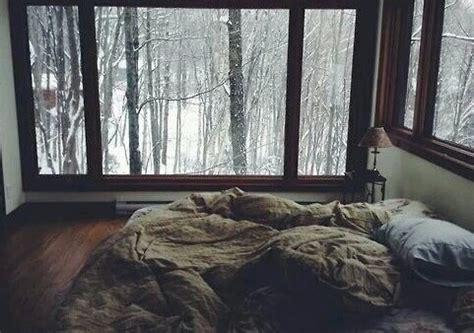 chambre de reve fenetre hiver lit neige chambre de r 234 ve image