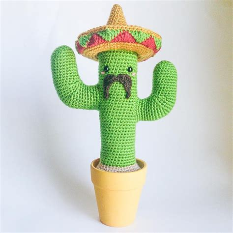 10565 best images about amigurumis on pinterest crochet mexican cactus crochet pattern by julie armigurumi